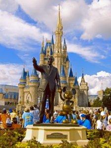 comprar acciones Disney